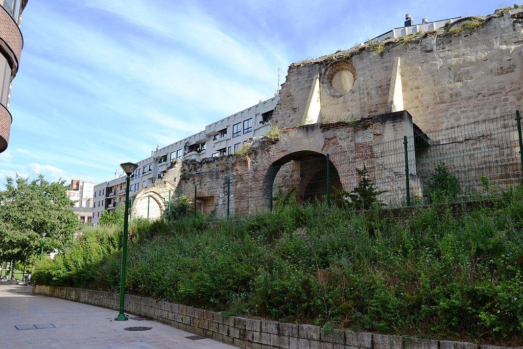 Monasterio de San Francisco de Asís, muros (Burgos).JPG