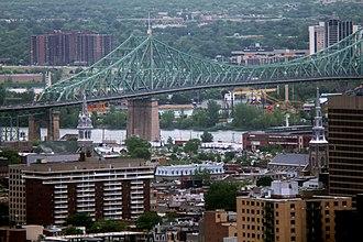 Centre-Sud - The Centre-Sud neighbourhood around the Jacques Cartier Bridge