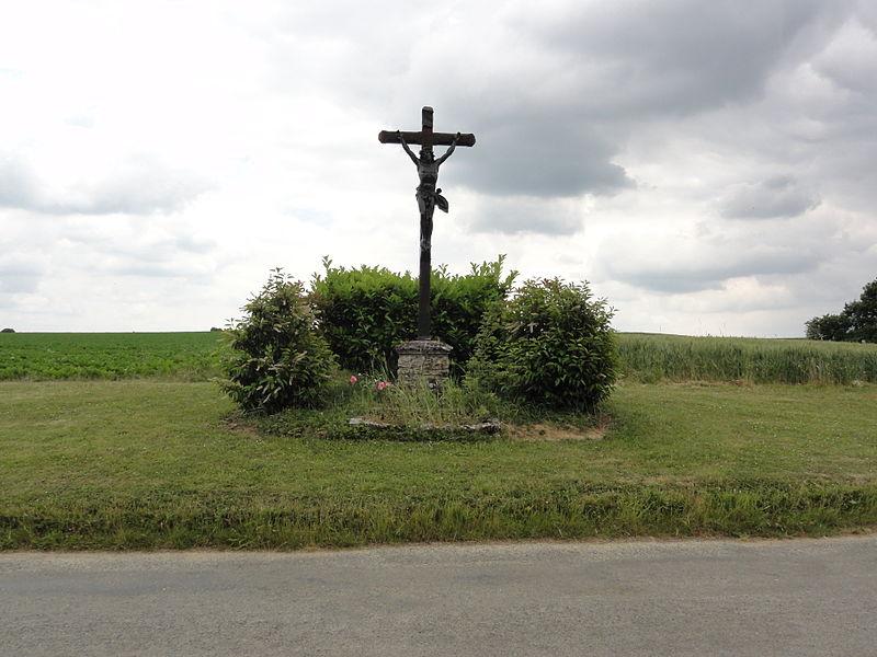 Mortefontaine (Aisne) croix de chemin