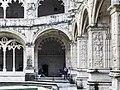 Mosteiro dos jerônimos (41435411651).jpg