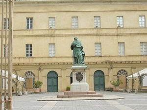 Musée Fesch - Statue of Joseph Fesch in the foreground of the museum