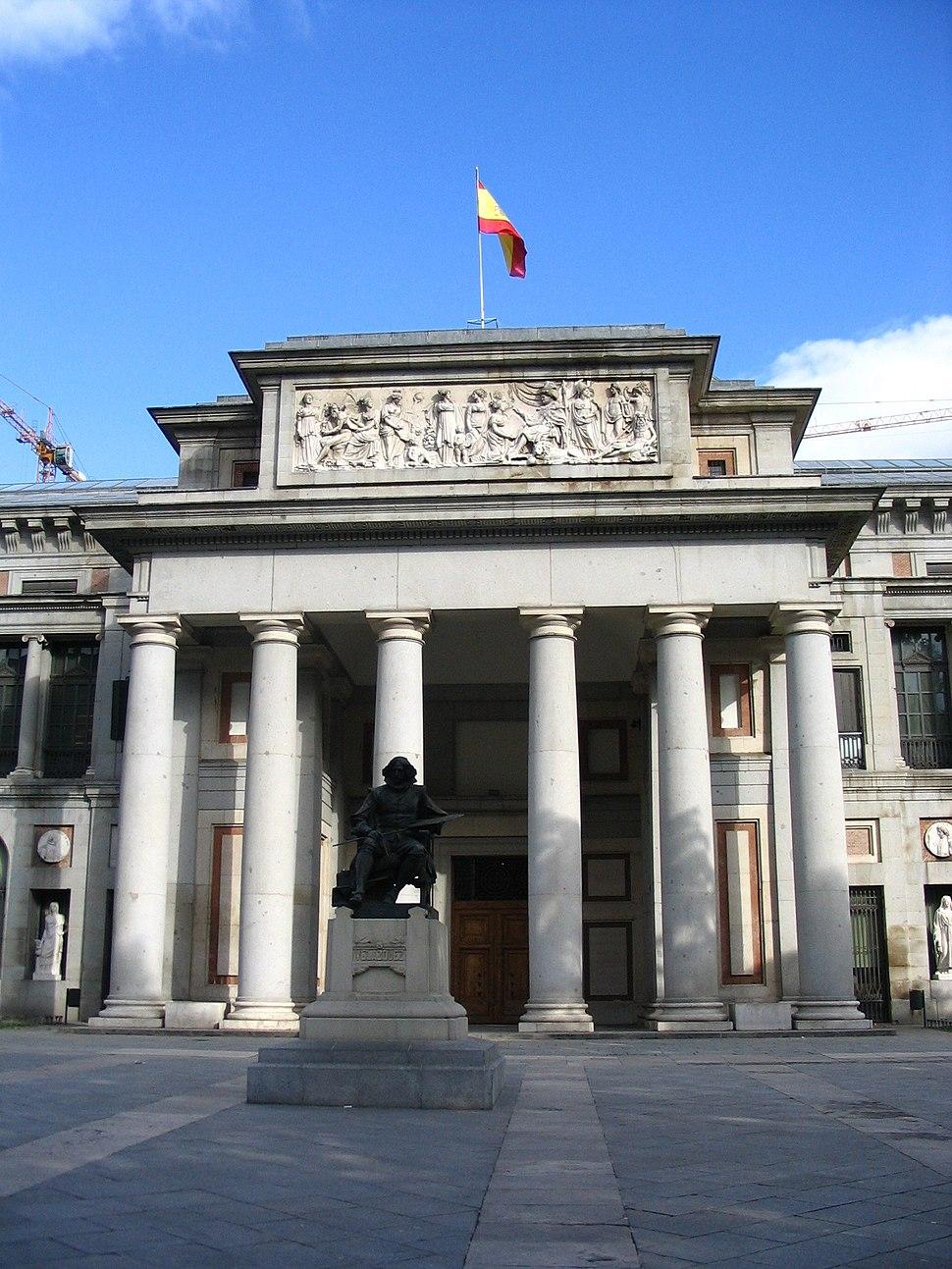 Museo del Prado frente