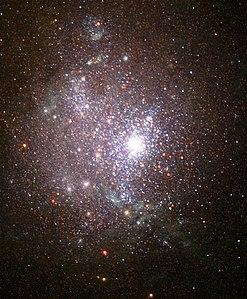 青色コンパクト矮小銀河's relation image