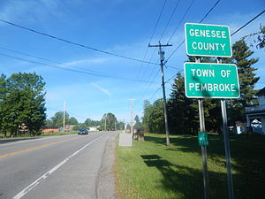 Route 5 entering the town of Pembroke