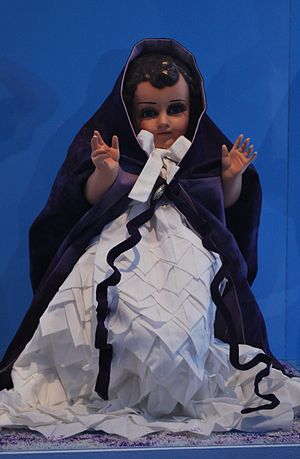 Child Jesus images in Mexico - Niño Dios figure in more traditional christening garb