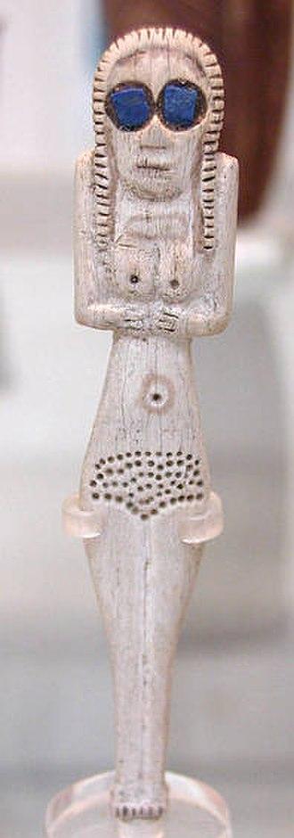 Naqada - Naqada I bone figure with lapis lazuli inlays. British Museum
