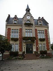 The town hall in Nesle