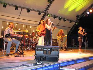 Neverne Bebe - Neverne Bebe performing in Budva in 2005
