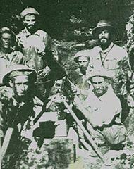 Umieszczenie paragwajskiego karabinu maszynowego podczas wojny w Chaco