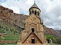 Noravank Monastery (37398980212).jpg