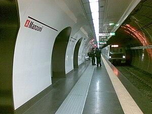 Manzoni – Museo della Liberazione (Rome Metro) - Image: Nuova stazione Manzoni con il nuovo convoglio della Linea A