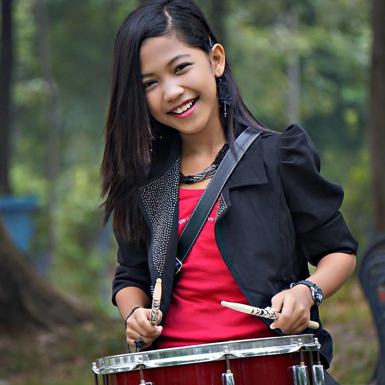 Fail:Nur Amira Syahira.jpg - Wikipedia Bahasa Melayu