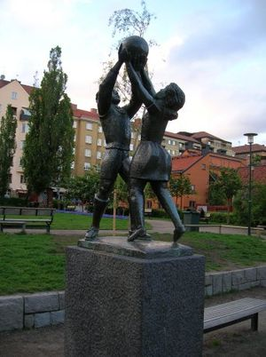 Bror Hjorth - The sculpture Lek (Play), 1935, on Nytorget in Stockholm