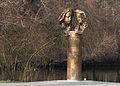 Obermenzing - Schloss Blutenburg - Agnes Bernauer Denkmal mit Tele 002.jpg