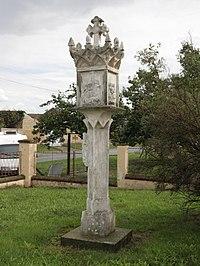 Odrovice - gotická boží muka u kostela obr2.jpg