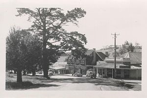 Berwick, Victoria - A picture of Berwick main street and general store taken in 1957