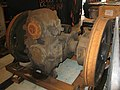 Old Oak Common - class 42 wheelset and gear box.JPG