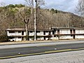 Old Princess Motel, Cherokee, NC (45917167274).jpg