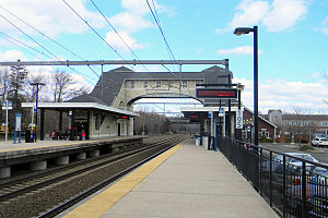 Old saybrook station 2011.jpg