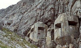Alpine Wall