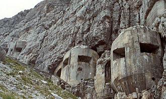 Alpine Wall - Opera Croda Sovra i Colsei, on the Passo Monte Croce Comelico.