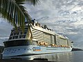 Ovation of the seas à Tahiti 2019.jpg