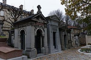 Sebastián Calvo de la Puerta y O'Farrill - Tomb of Sebastián Calvo de la Puerta y O'Farrill in Père Lachaise Cemetery