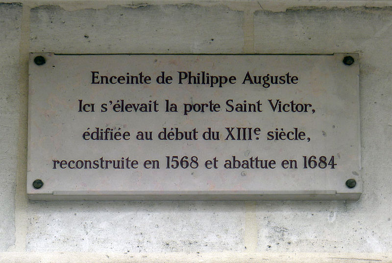 Fichier:P1260340 Paris V rue des ecoles plaque enceinte PA rwk.jpg
