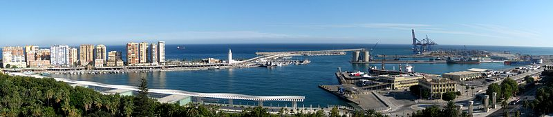 File:Panorama Malaga Harbor.jpg