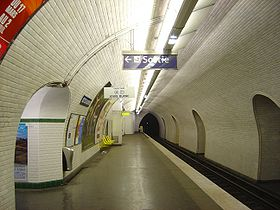 La demi-station direction Louis Blanc