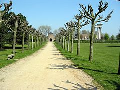 Path (2) (archaeological park Xanten, Germany, 2005-04-23).jpg
