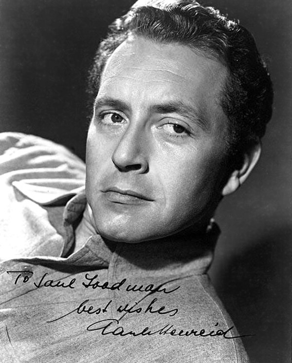 Photo Paul Henreid via Wikidata