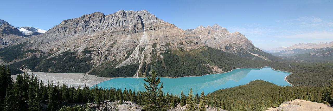 Train Tours Across Canadian Rockies