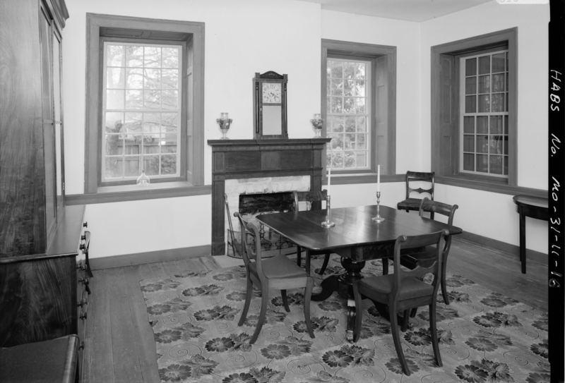 File photograph of dining room of the felix vallee house for Dining room c house of commons