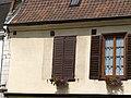 Picquigny volets (ouvert - fermé) 1.jpg
