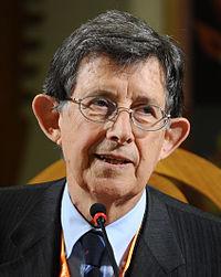 Piero Giarda - Festival Economia 2013.JPG