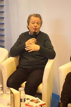 Pierre Haski - Salon du Livre de Paris 2014 (13382483825).jpg