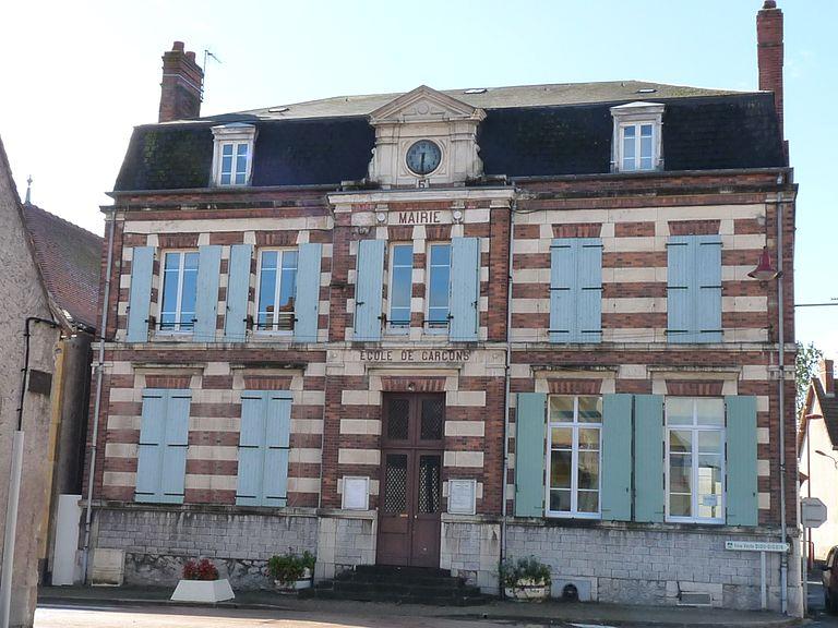 Maisons à vendre à Pierrefitte-sur-Loire(03)