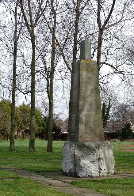 Pilgrim Fathers Memorial, Immingham - geograph.org.uk - 725095
