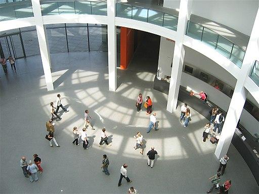 Pinakothek der Moderne Muenchen Rotunde-1
