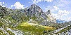 Plan y lech de Ciampëi y Sassongher Val Badia.jpg