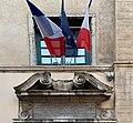 Plaque et drapeaux - lycée Ampère (Lyon).jpg