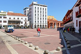 Plaza de la Aduana, Cartagena 04.jpg
