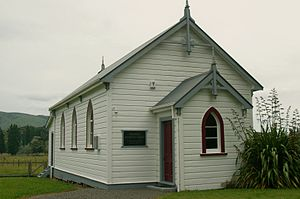 Pohangina - Pohangina Methodist Church c.1907 (Dec.2011)