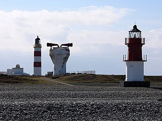 Point of Ayre Lighthouse - Image: Point of Ayre lighthouses and foghorn geograph.org.uk 779118