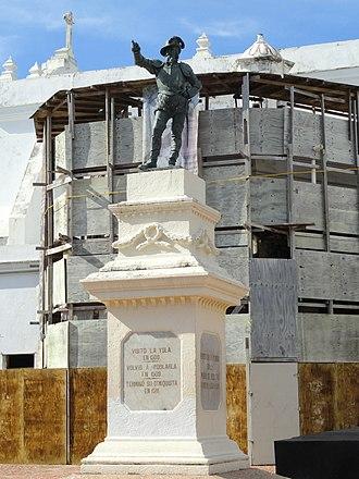 Spanish settlement of Puerto Rico - Bronze statue of explorer Juan Ponce de León in Plaza de San José, San Juan.