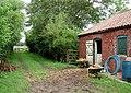 Poplar Farm, Garton - geograph.org.uk - 498846.jpg