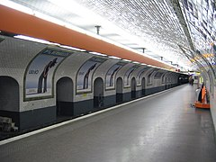 Porte de versailles m tro de paris wikimonde - Palais des expositions porte de versailles ...