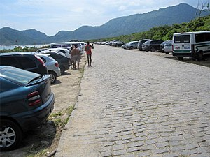 Grumari - Image: Praia Grumari Estacionamento