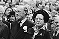 Prinses Juliana en prins Bernhard zijn in Den Haag aanwezig bij de onthulling va, Bestanddeelnr 930-8119.jpg